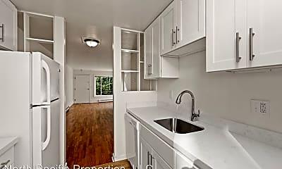 Kitchen, 1058 E Thomas St, 2