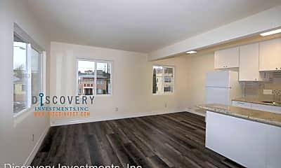 Living Room, 1502 E 19th St, 1