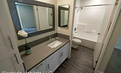 Bathroom, 1275 Federal Ave, 1