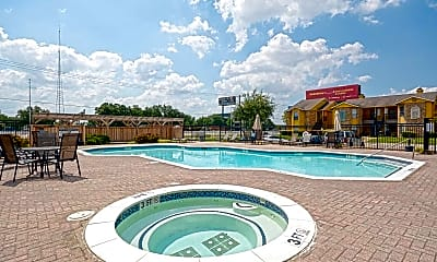 Pool, The Arts Apartments at Broadway Commons I & II, 2