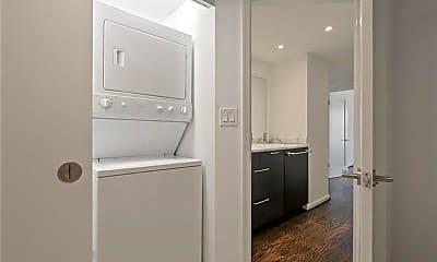 Bathroom, 199 14th St NE 2306, 2