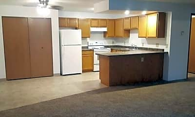 Kitchen, 107 Turtle Creek Dr, 1