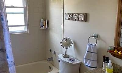 Bathroom, 342 E Hudson St UPPER, 2