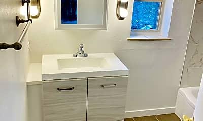 Bathroom, 80 S Washington St, 0
