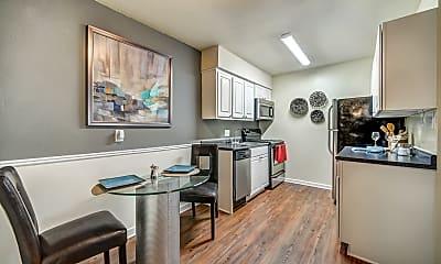 Kitchen, University Lake, 0