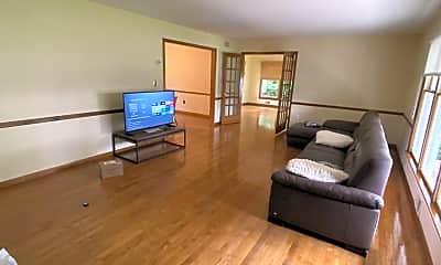 Living Room, 1709 Fanwood St, 1
