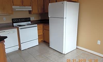Kitchen, 219 Highland Blvd 3, 2
