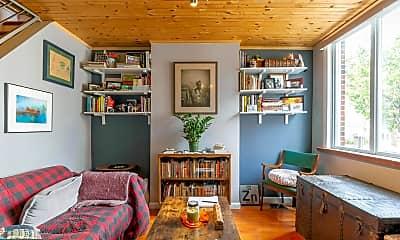 Living Room, 416 E Flora St, 1