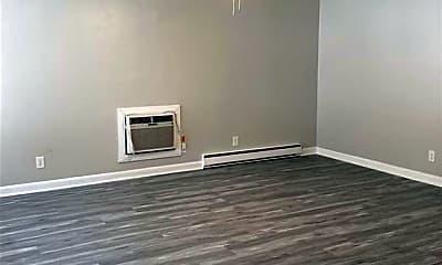 Bedroom, 2106 Rodman Ave, 2