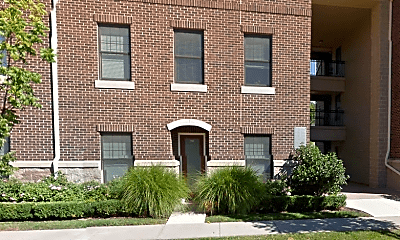 Building, 1152 Foster Rd, 1