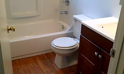 Bathroom, 17350 SE Pine St, 2