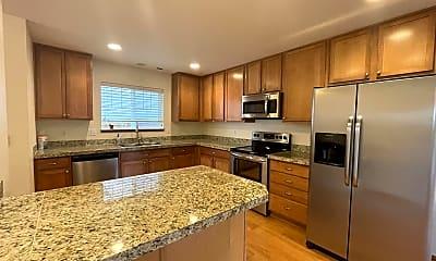 Kitchen, 33809 SE Odell St, 1