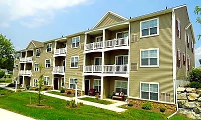 Building, Willow Creek Estates, 0