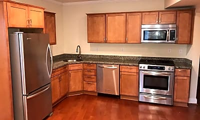 Kitchen, 1033 Park Rd NW 1, 1
