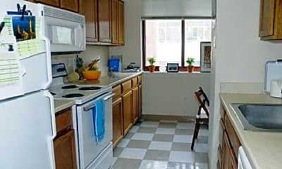 Kitchen, 1 Brookline Pl, 2