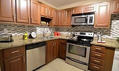 Kitchen, 22573 SW 66th Ave, 0