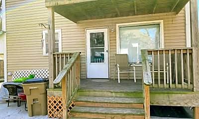 Patio / Deck, 1 E Sherman St, 0