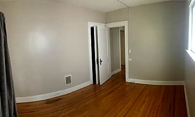 Bedroom, 2320 Grandview Ave, 2
