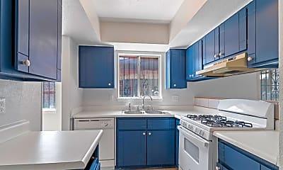 Kitchen, 3225 Beachcomber Dr, 1