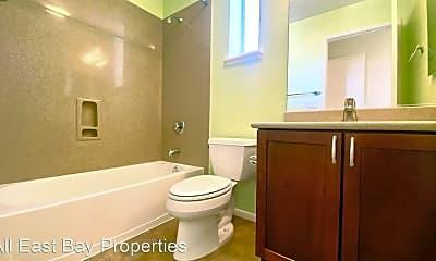 Bathroom, 5809 Doyle St, 2