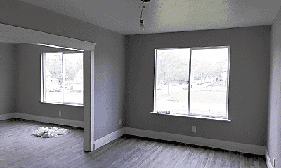 Bedroom, 509 W High St, 1