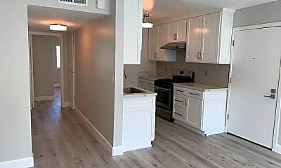 Kitchen, 2604 28th St, 2