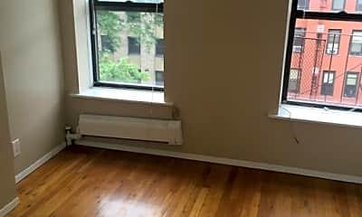 Living Room, 322 E 104th St, 1