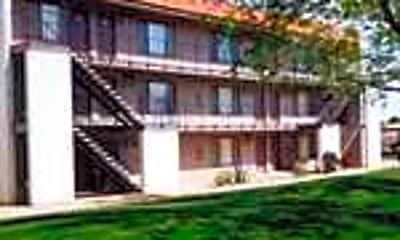 Sierra Carmichael Apartments, 2