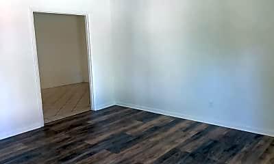 Bedroom, 600 E Vista Pkwy, 2