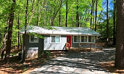 Building, 400 Piney Mountain Rd, 1