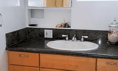 Bathroom, 2306 1/2 Ocean Ave, 2