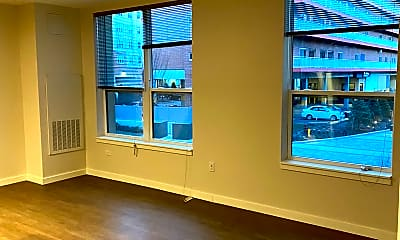 Living Room, 190 Pleasant St, 2
