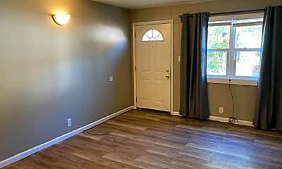 Living Room, 311 N Lincoln Ave, 1