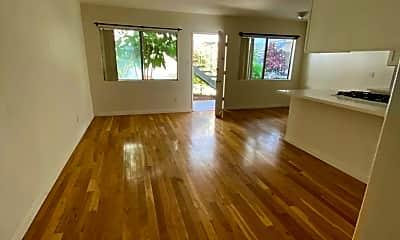 Living Room, 420 Raymond Ave, 1