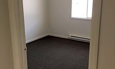 Bedroom, 1702 W 4th St N, 2