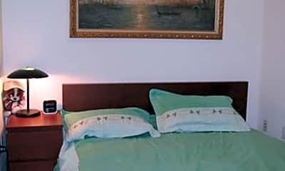 Bedroom, 43-18 Main St, 0