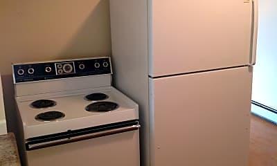 Kitchen, 3210 W Longfellow Pl, 1