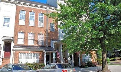 Building, 256 Market St E B, 1