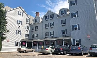 Adams Street Apartments, 1