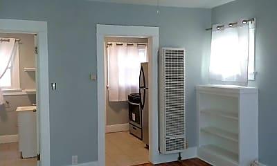 Bedroom, 1027 Chestnut Ave, 1