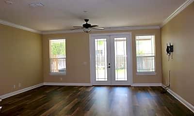 Living Room, 2563 Isabella Blvd, 2