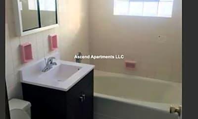 Bathroom, 14132 S Highlawn Ave, 2