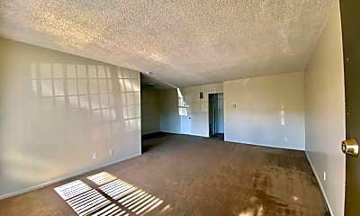 Living Room, 202 S Del Mar Ave, 1