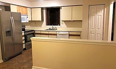 Kitchen, 134 Conway Ct, 1
