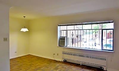 Living Room, 1135 Grant St, 1