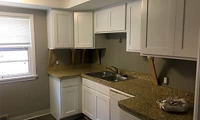 Kitchen, 2381 Warrensville Center Rd, 0