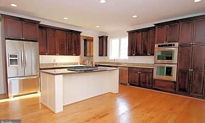 Kitchen, 1924 Leonard Rd, 1