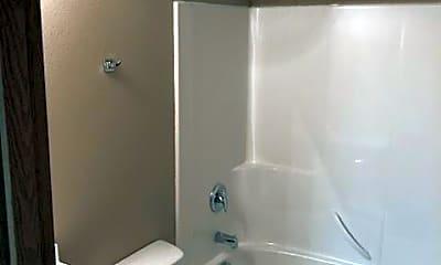 Bathroom, 475 Jackson St W, 2