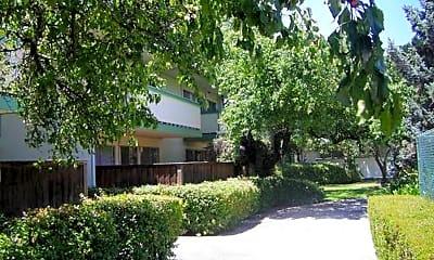 Building, 555 S Norfolk St, 1