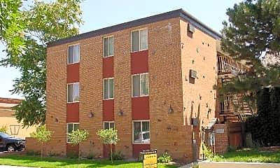 Building, 8 S Clarkson St, 1